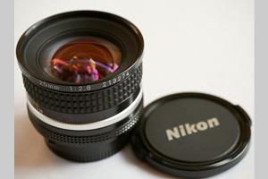 【送料無料】Nikon ニコン NIKKOR 20mm f2.8s (極美品中古)